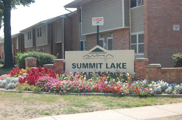 Image of Summit Lake Apartments