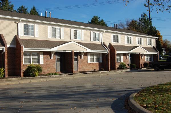 Image of Honey Locust Apartments in Cuyahoga Falls, Ohio