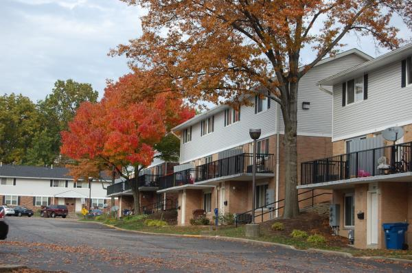Image of Colonial Hills Apartments