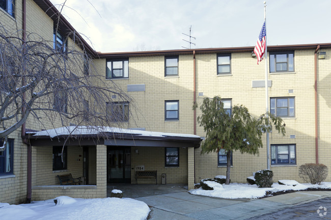 Image of Leonard J. Ostrow Apartments in Erie, Pennsylvania