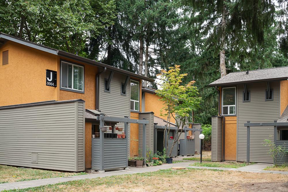 Image of Juanita Court in Kenmore, Washington