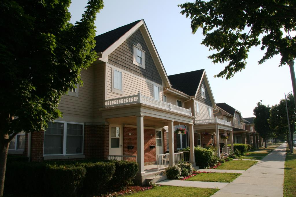 Image of Townhomes at Carver Park in Milwaukee, Wisconsin