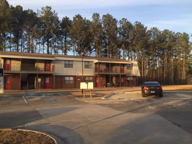 Image of Regency Place Apartments in Sumrall, Mississippi