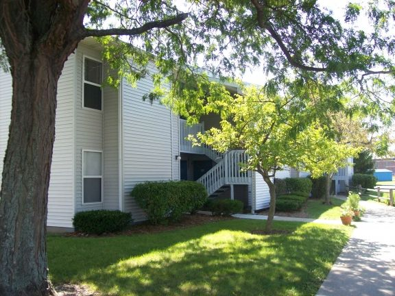 Image of Linden Apartments in Carson City, Michigan