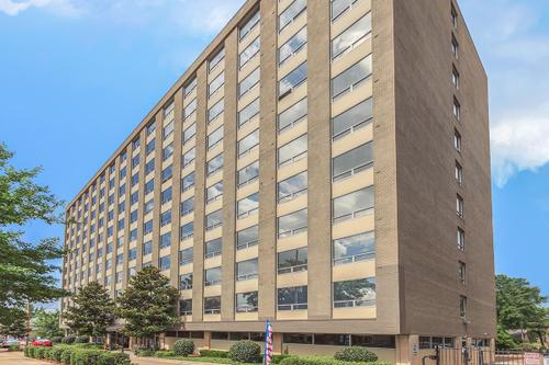 Image of 809 State Street - Magnolia Towers