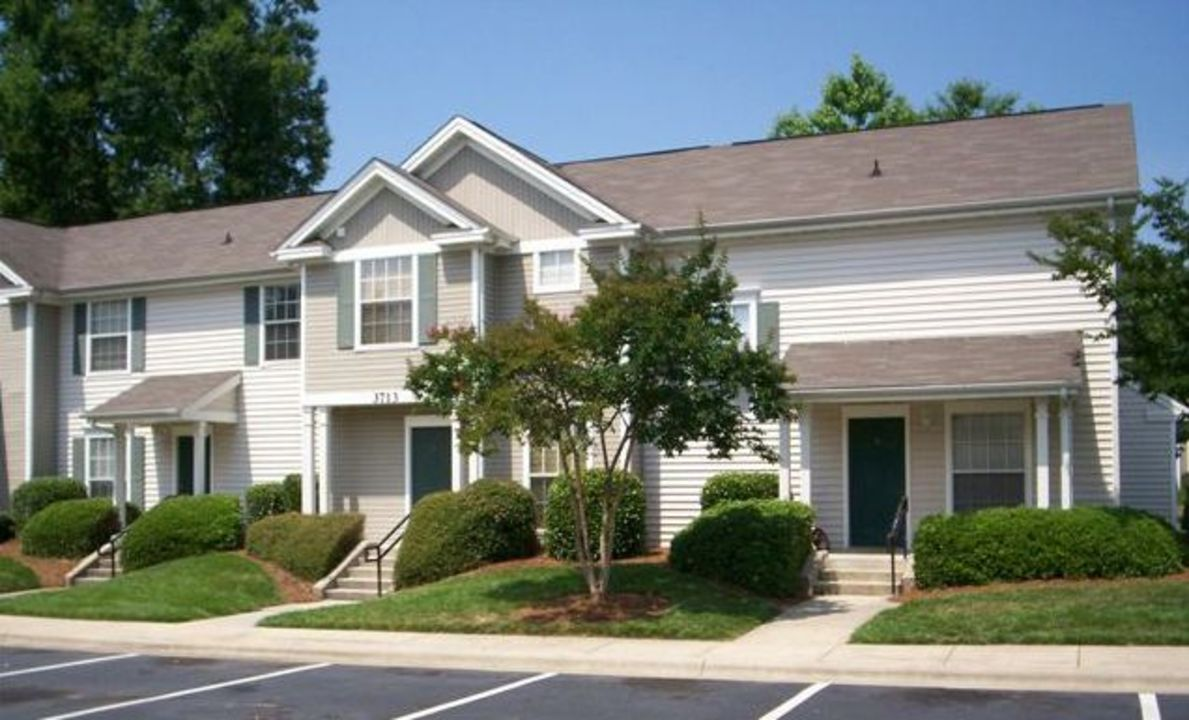 Image of Cheshire Chase Apartments in Charlotte, North Carolina