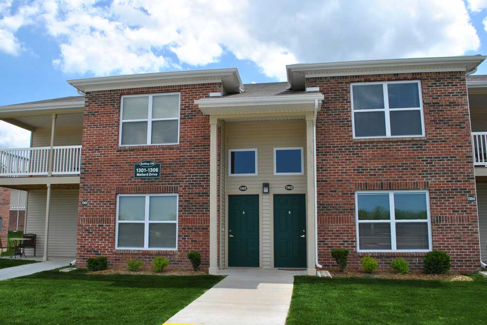 Image of Canterbury House Apartments - Michigan City in Michigan City, Indiana