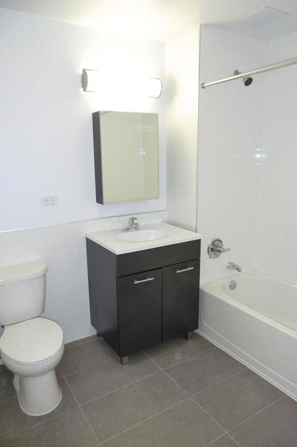 Image of 401 W 25th St Apartments