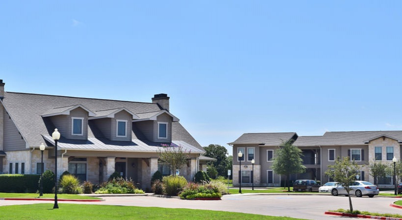 Image of The Bluestone Apartments in Mabank, Texas