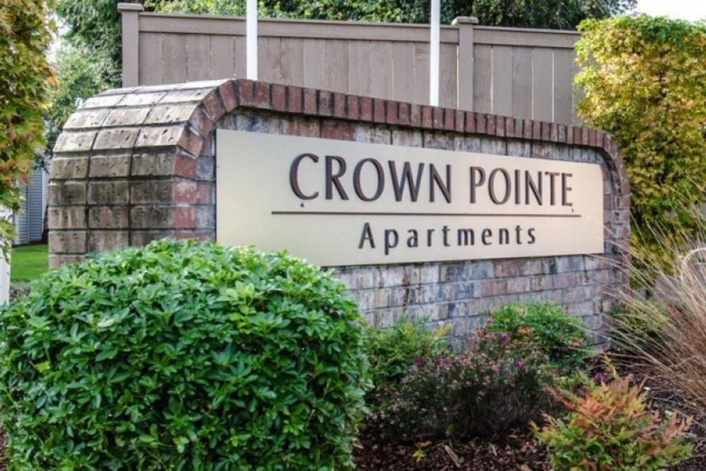 Image of Crown Pointe Apartments
