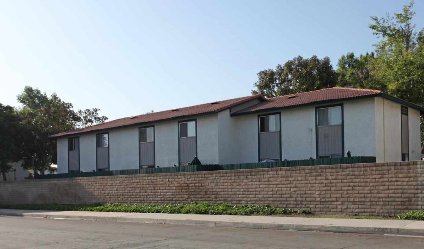 Image of Los Alisos North Apartments in Norwalk, California