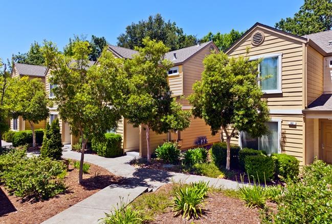 Image of Sonoma Creekside Apartments in Santa Rosa, California