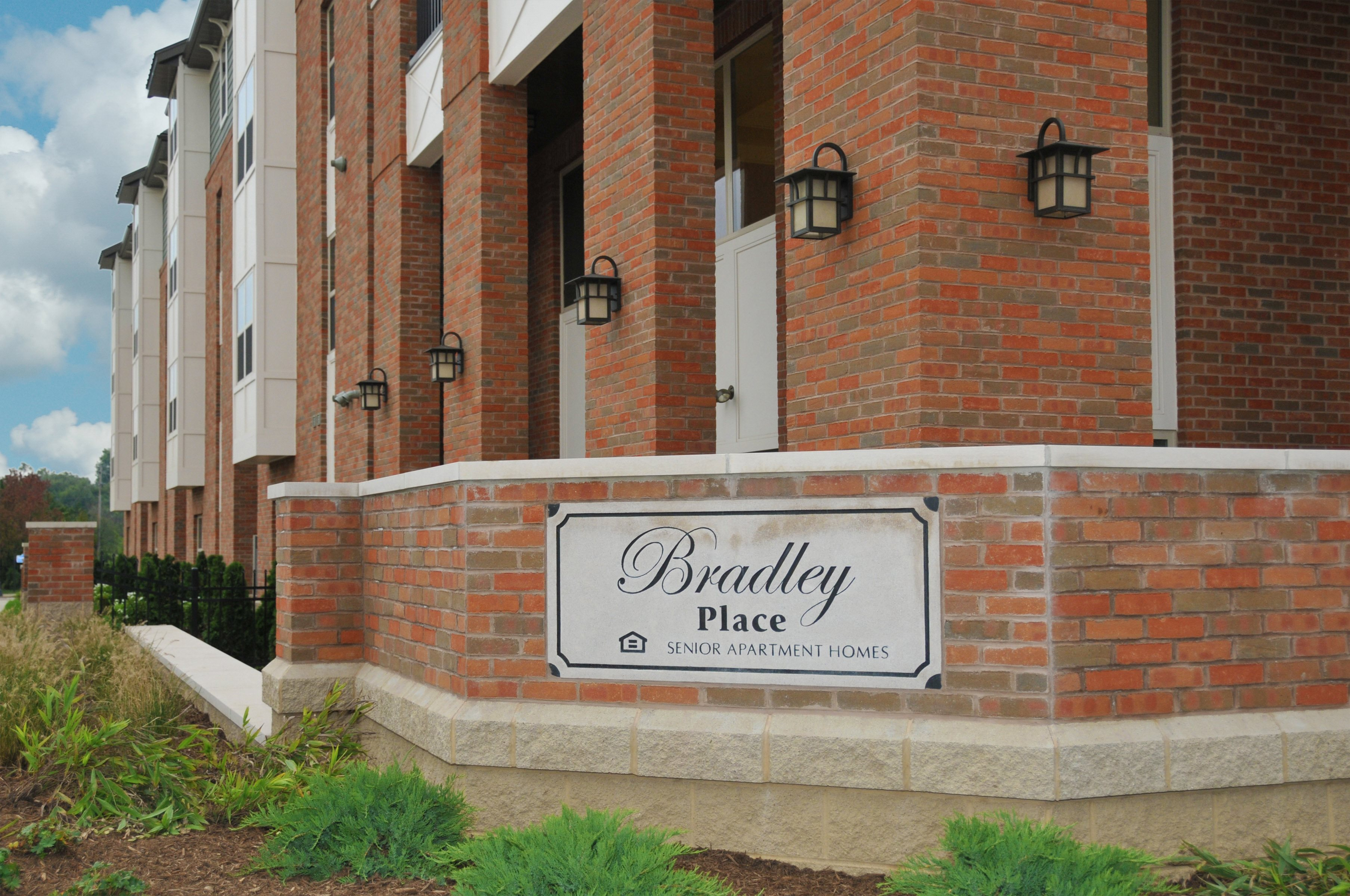 Image of Bradley Place Senior Apartment Homes in Massillon, Ohio