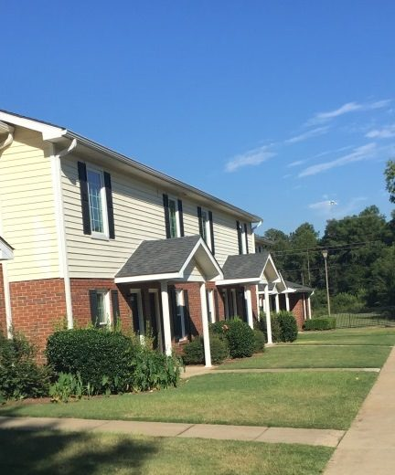 Image of Pinebrook Apartments in Perry, Georgia