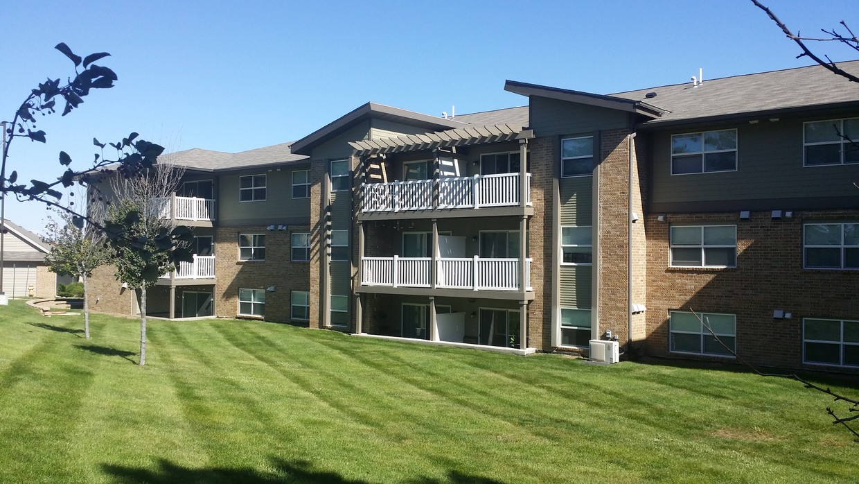 Image of Woodland West Apartments in West Des Moines, Iowa