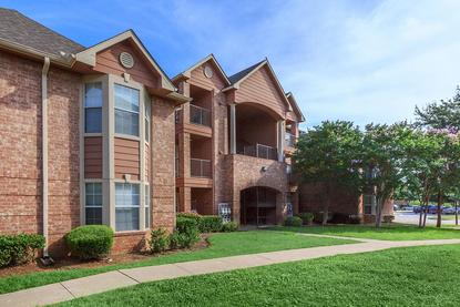Image of Waterford at Valley Ranch Apartments