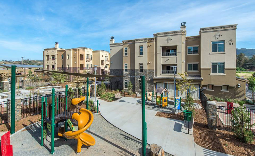 Image of Promenade at Creekside Apartments