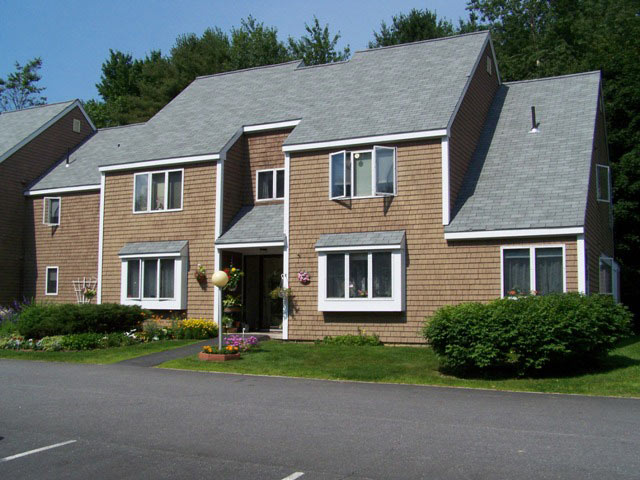 Image of Barron's Hill Apartments II in Topsham, Maine