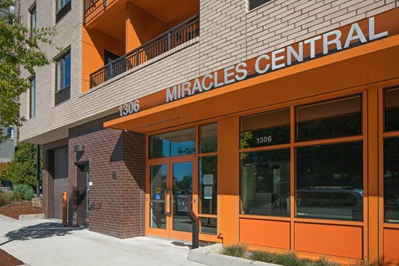 Image of Miracles Central Apartments in Portland, Oregon