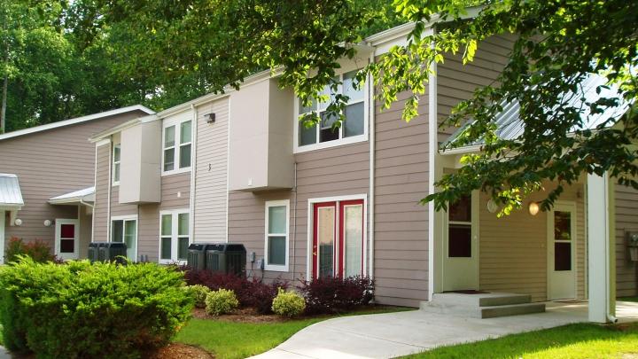 Image of Yorktown Square I Apartments in Yorktown, Virginia