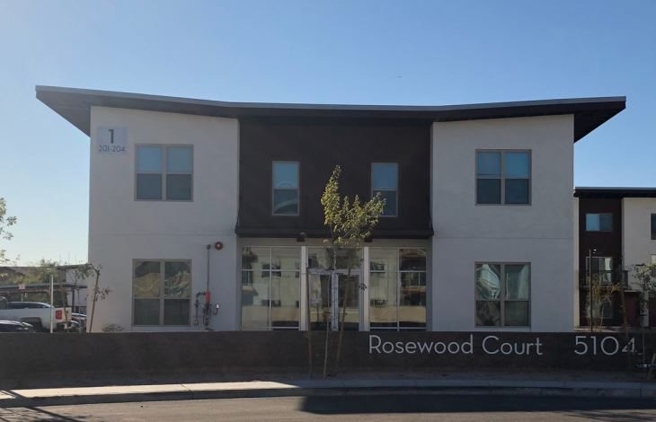 Image of Rosewood Court Apartments in Phoenix, Arizona