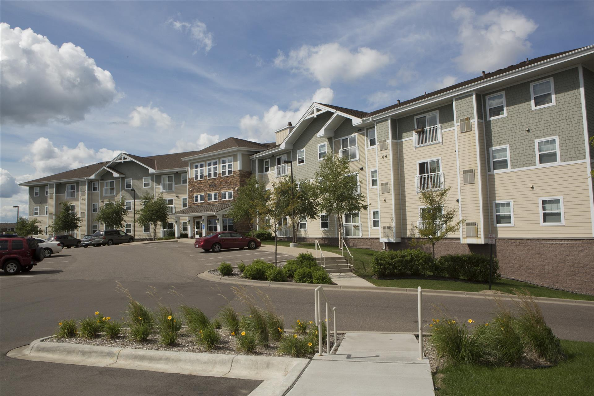 Image of Forest Oak Apartments II
