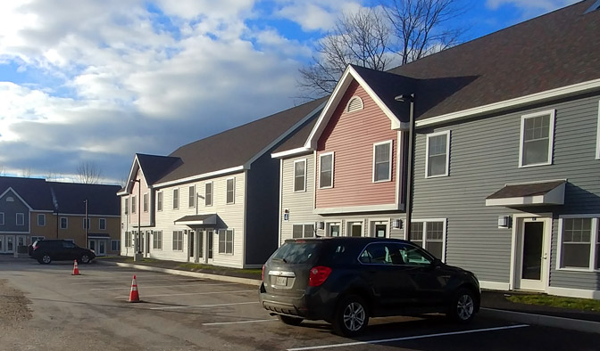Image of Oriole Way Apartments in Ellsworth, Maine