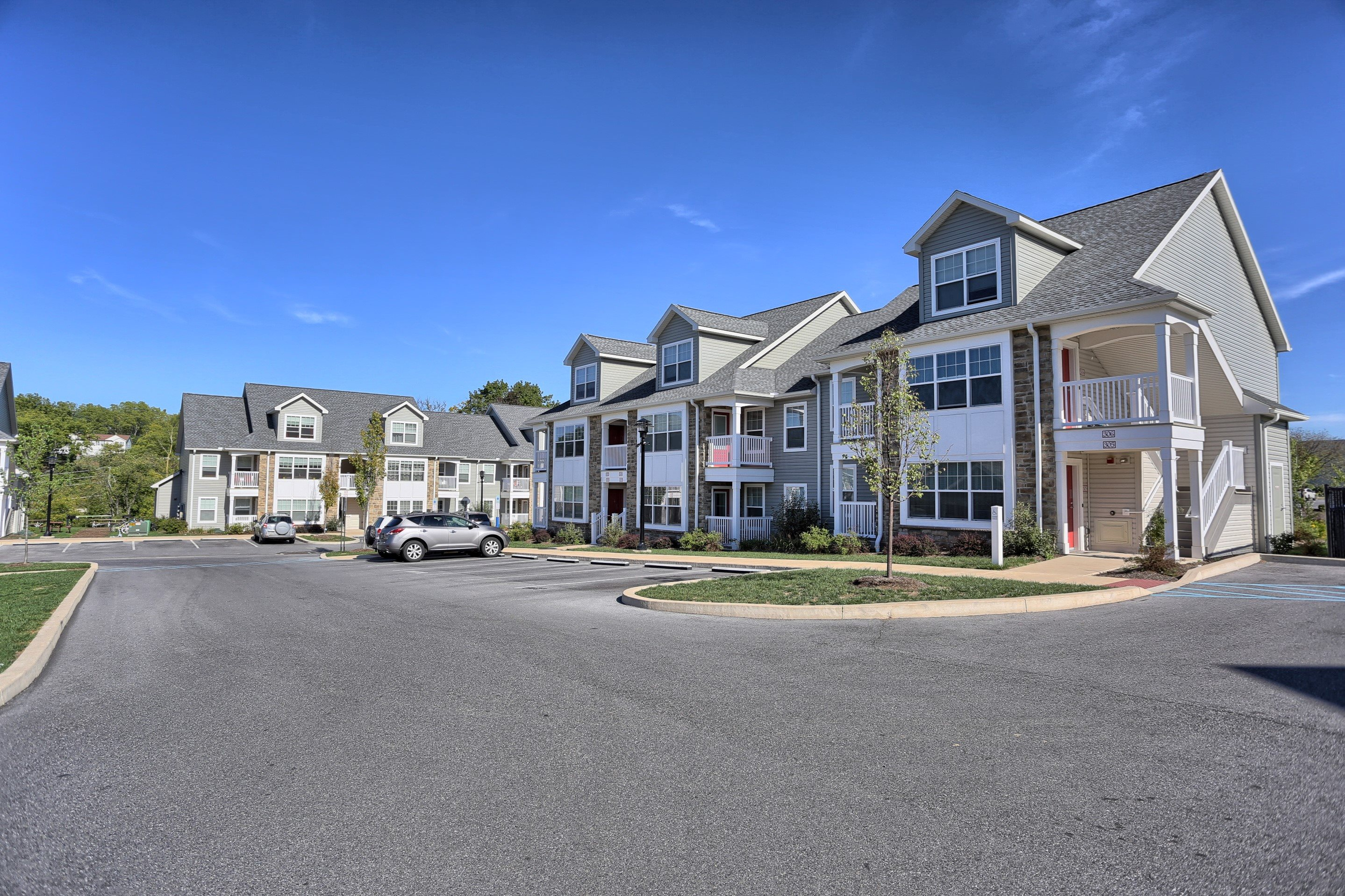 Image of Limerock Court Apartments in State College, Pennsylvania
