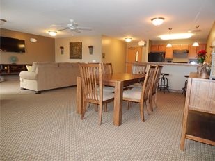 Image of Fox Crossing Apartments in Burlington, Wisconsin