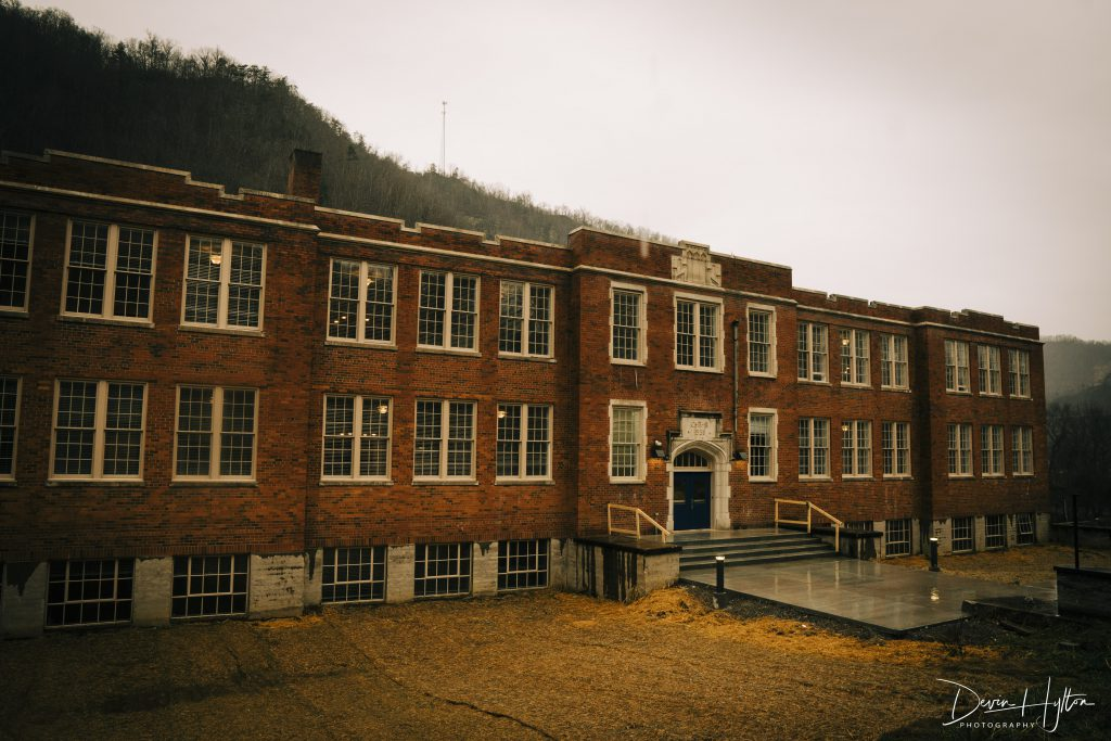 Image of Elkhorn City School Apartments in Elkhorn City, Kentucky