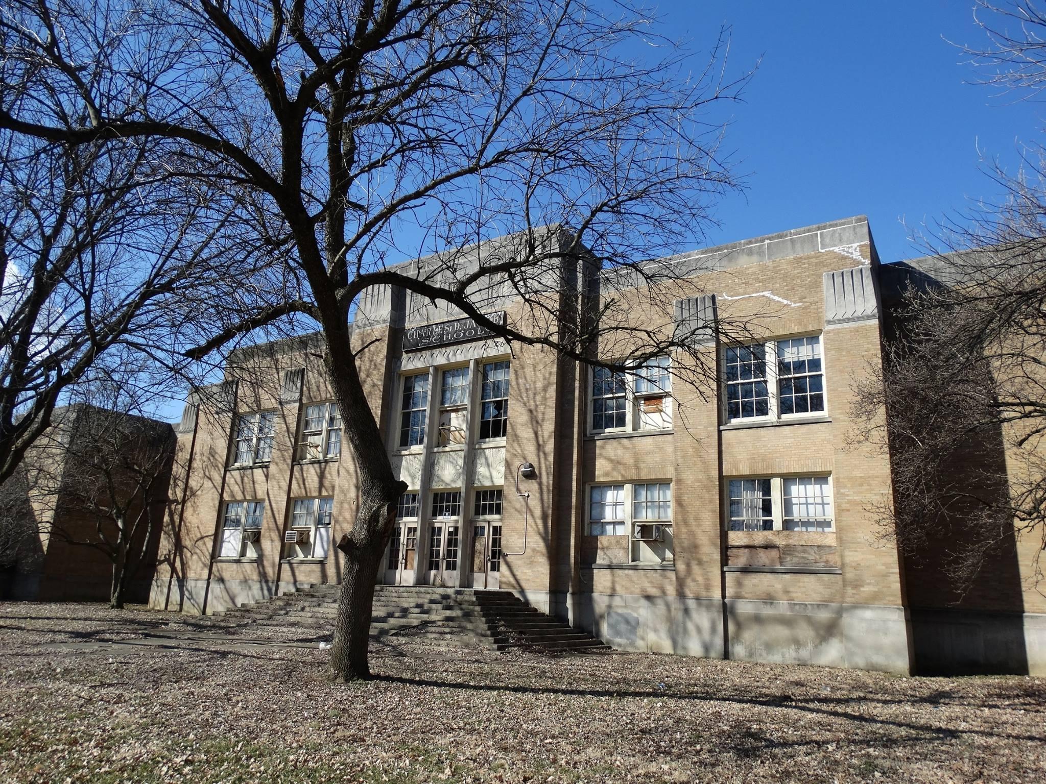 Jacob School Senior Apartments | Louisville, KY Low Income ...