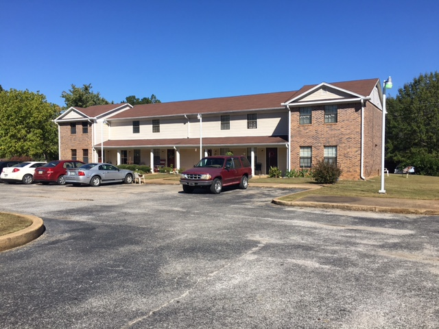 Image of Dogwood Place Apartments in Middleton, Tennessee