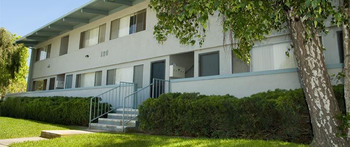 Image of Bradford Apartments in Ventura, California