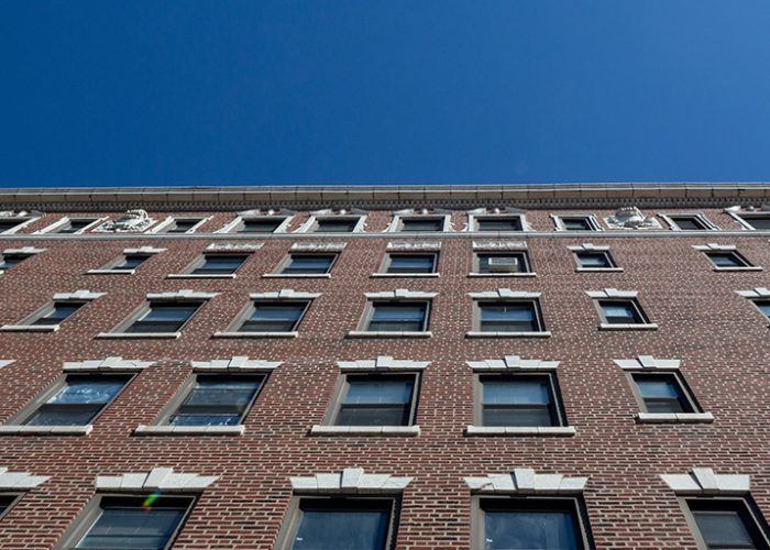 Image of Parkway Apartments in Chicago, Illinois