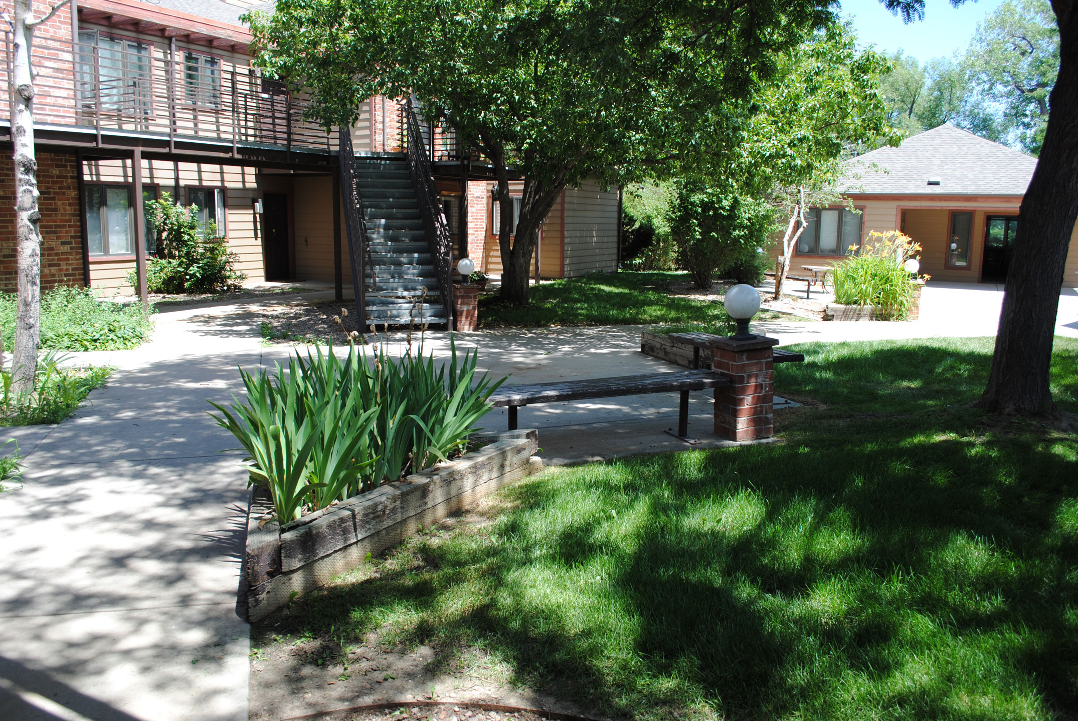 Image of Sage Court Apartments in Boulder, Colorado