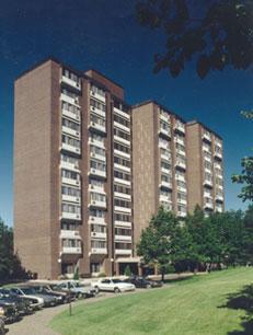 Image of Cleveland Hi-Rise in Saint Paul, Minnesota