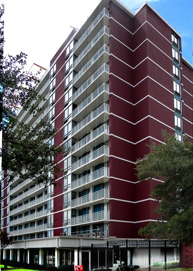 Image of 2100 Memorial Drive Apartments in Houston, Texas