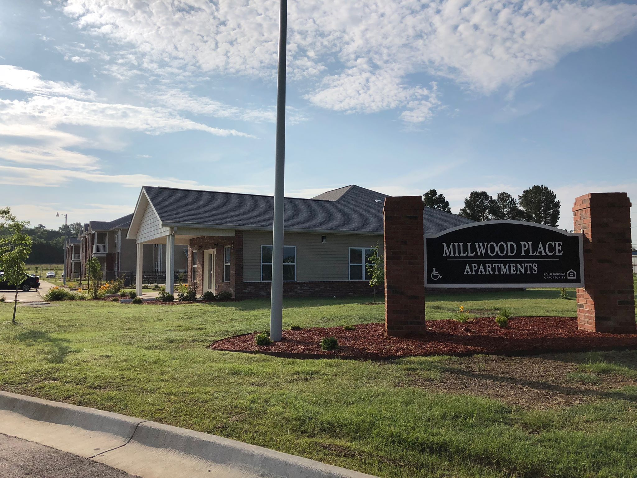 Image of Millwood Place Apartments in Clarksville, Arkansas