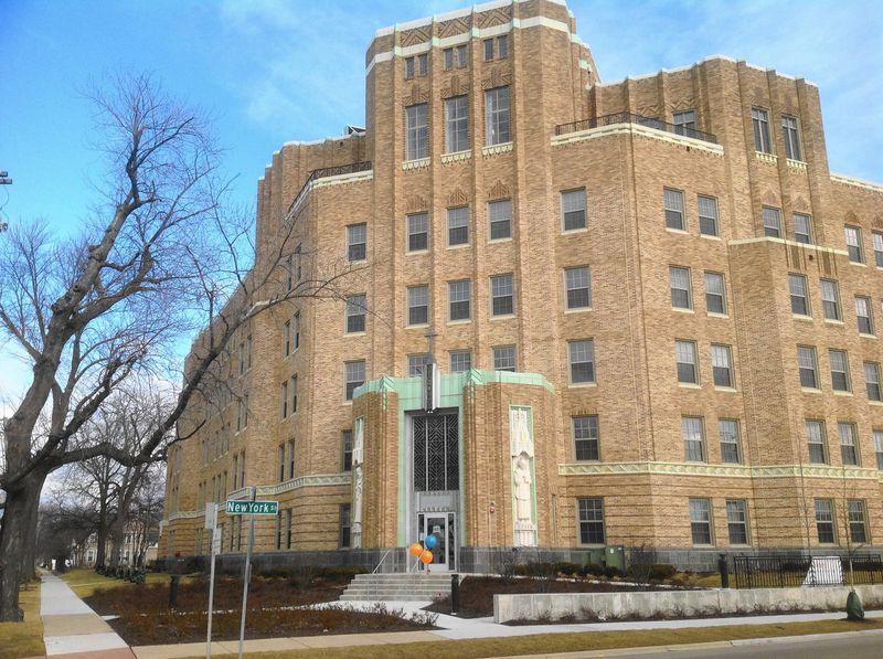 Image of Aurora St. Charles Senior Living Center