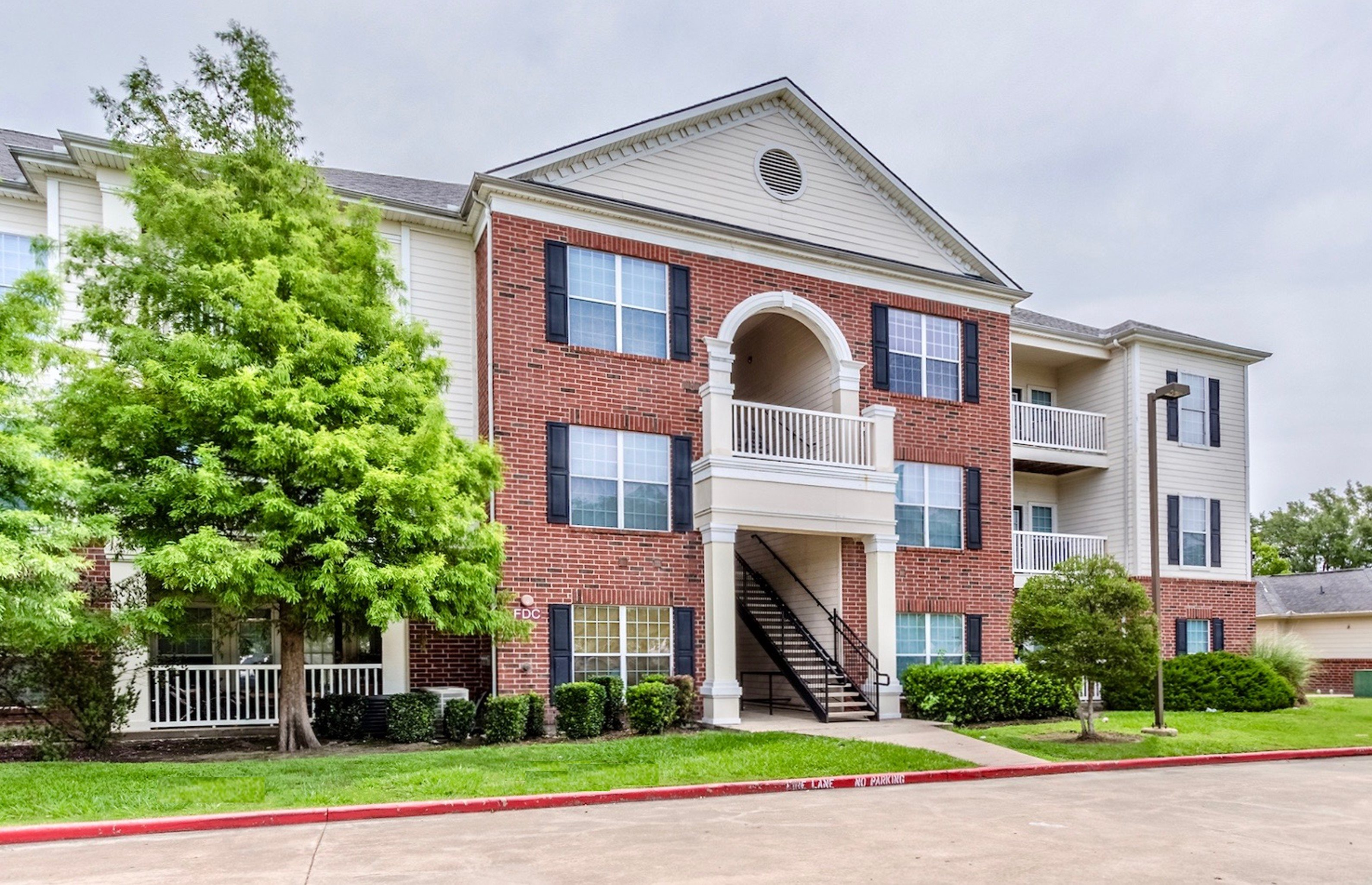 Image of City Parc at West Oaks Apartments in Houston, Texas
