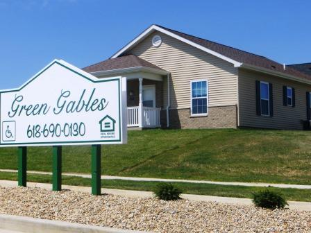 Image of Green Gables Apartments in Greenville, Illinois