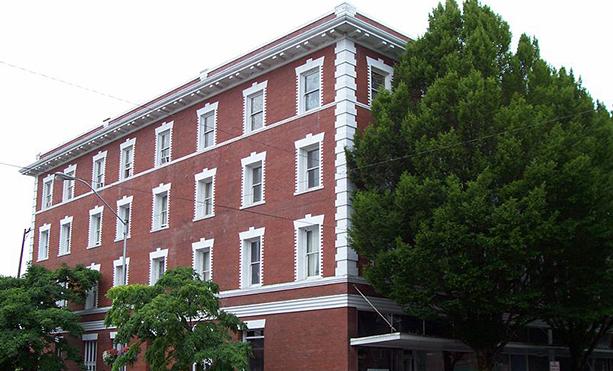 Image of Julian Hotel in Corvallis, Oregon