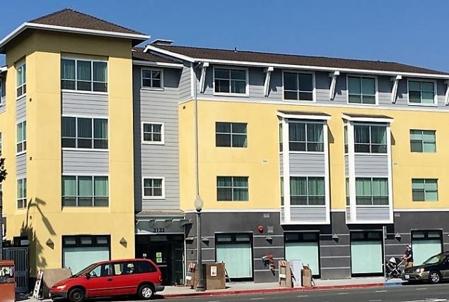 Image of Harper Crossing in Berkeley, California