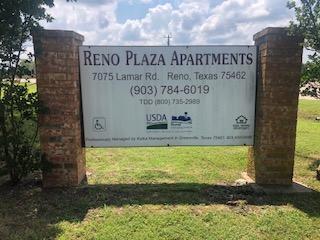 Image of Reno Plaza in Reno, Texas