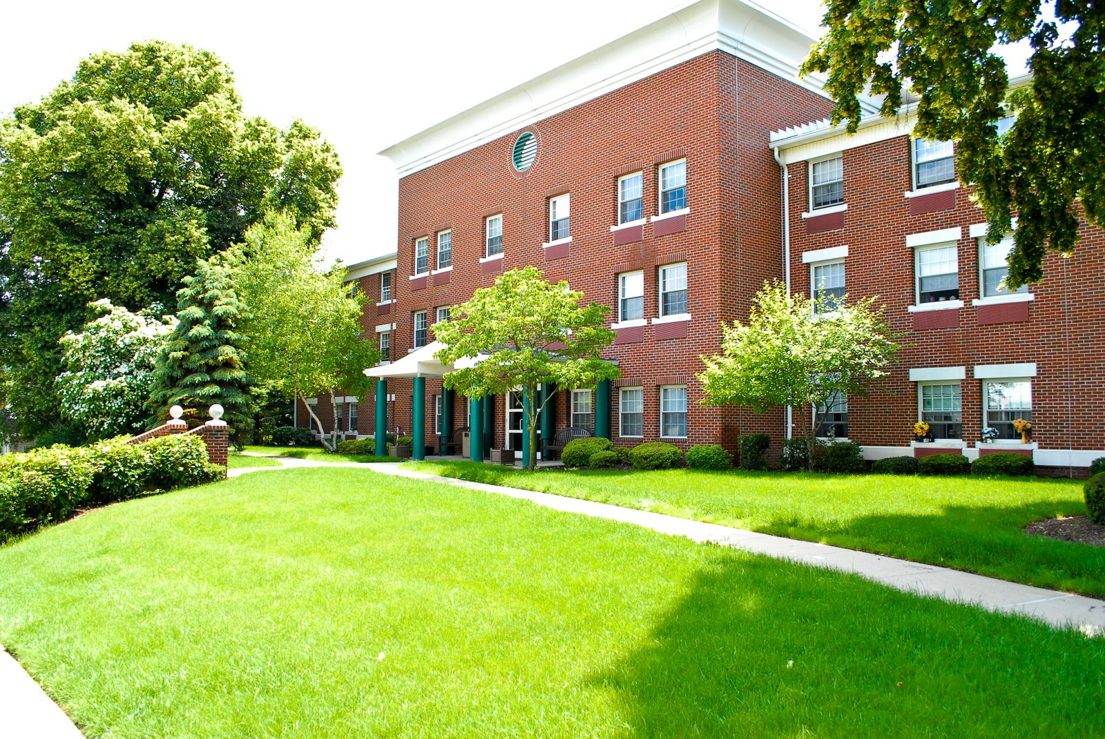Image of Hasbrouck Heights Senior Housing in Hasbrouck Heights, New Jersey