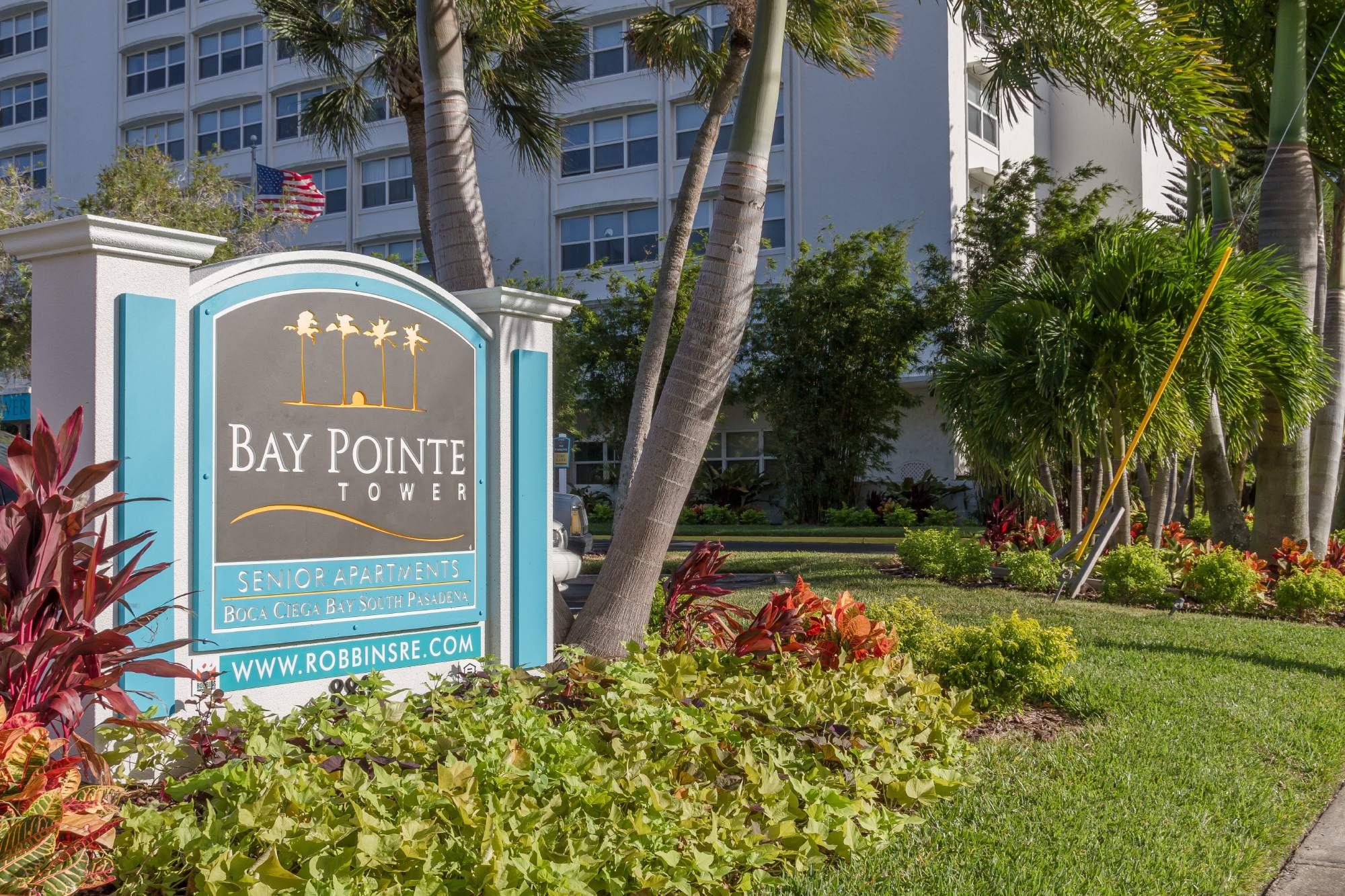 Image of Bay Pointe Tower