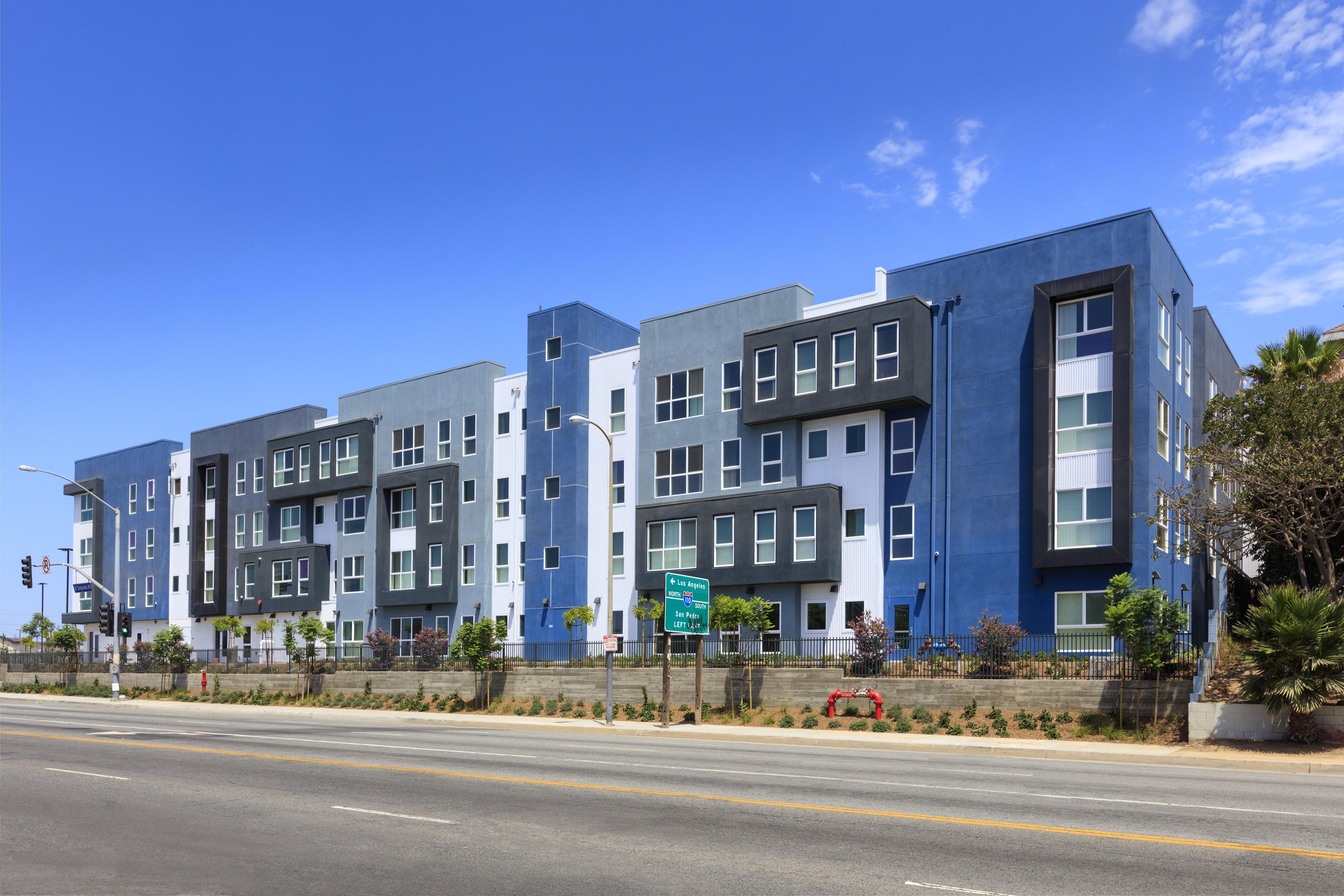 Image of El Segundo Boulevard Apartments in Los Angeles, California