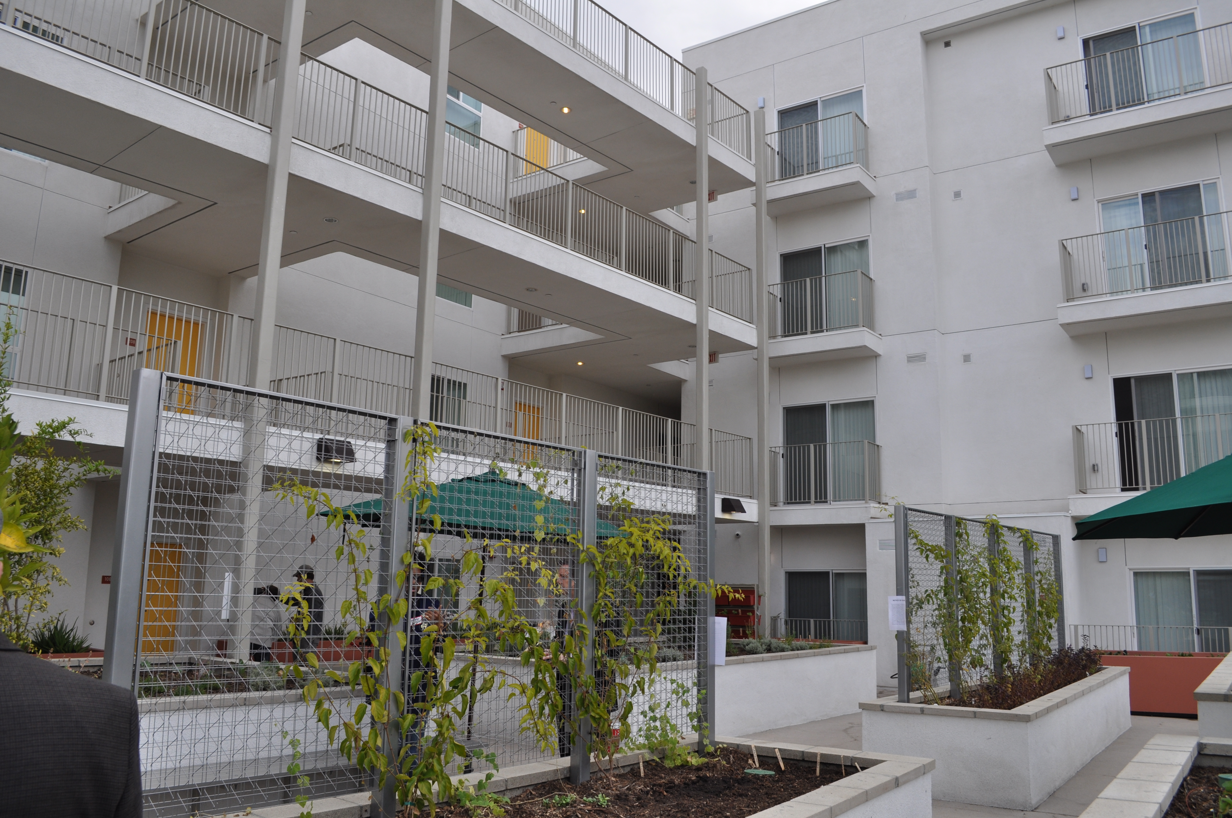 Image of Teague Terrace Apartments in Los Angeles, California