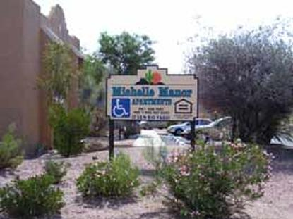 Image of Michelle Manor Apartments