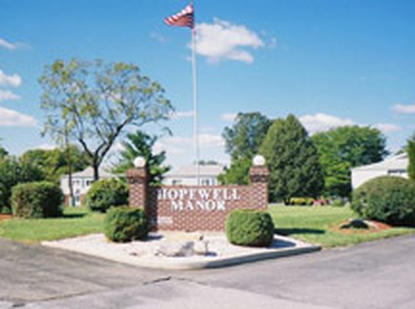 Image of Hopewell Manor Apartments in Hagerstown, Maryland
